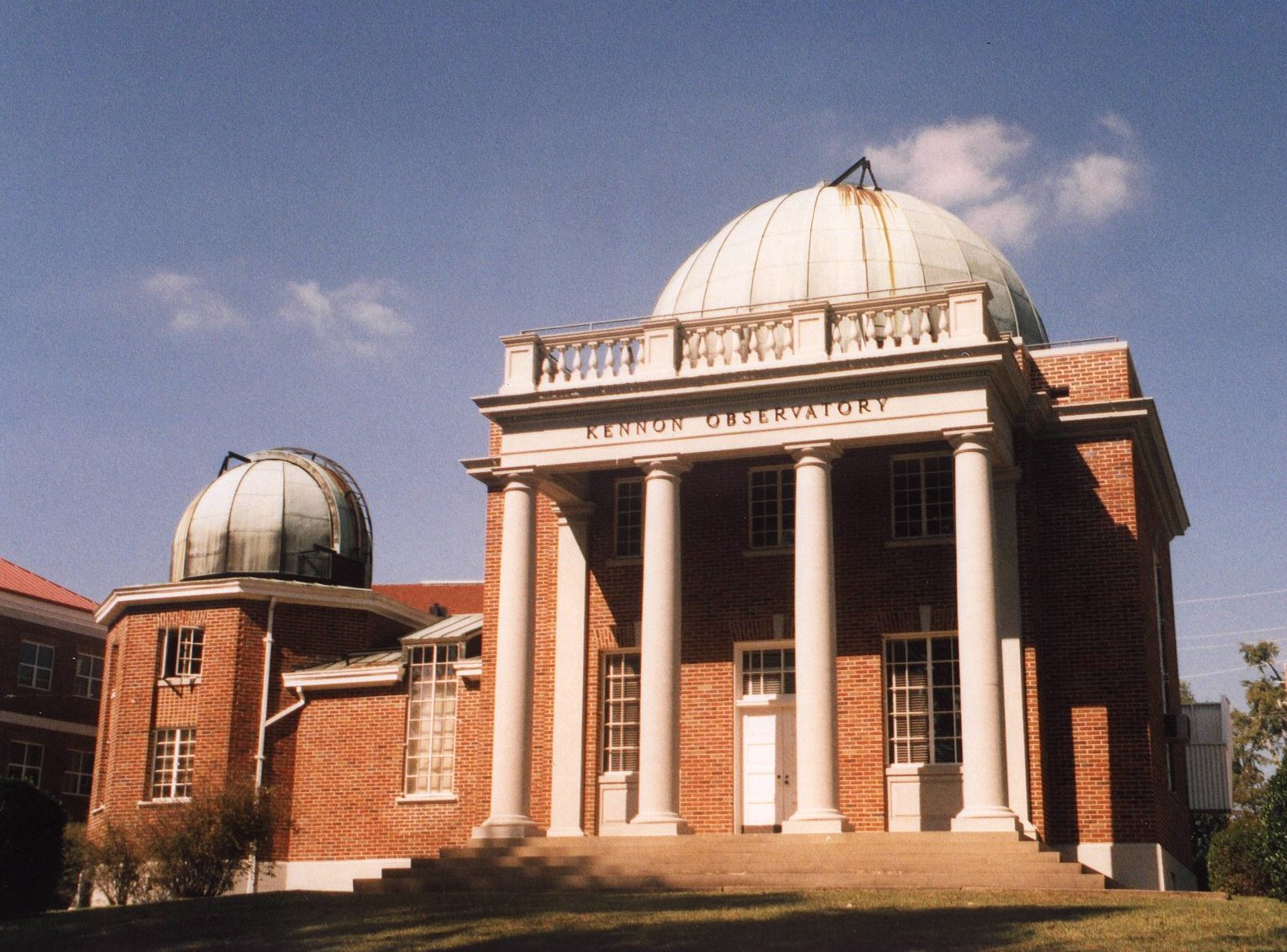 Front side of Kennon Observatory