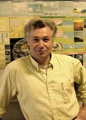 Photo of Dr. Waxler
