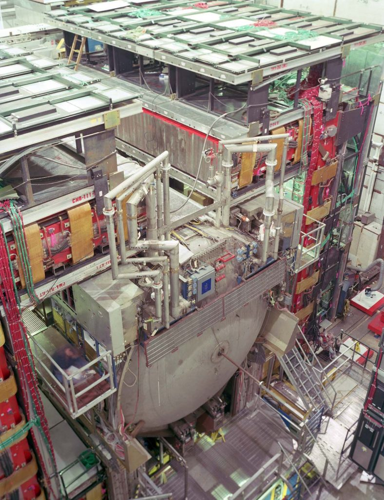 Dzero Detector at Fermilab