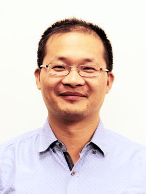Photo of Dr. Likun Zhang